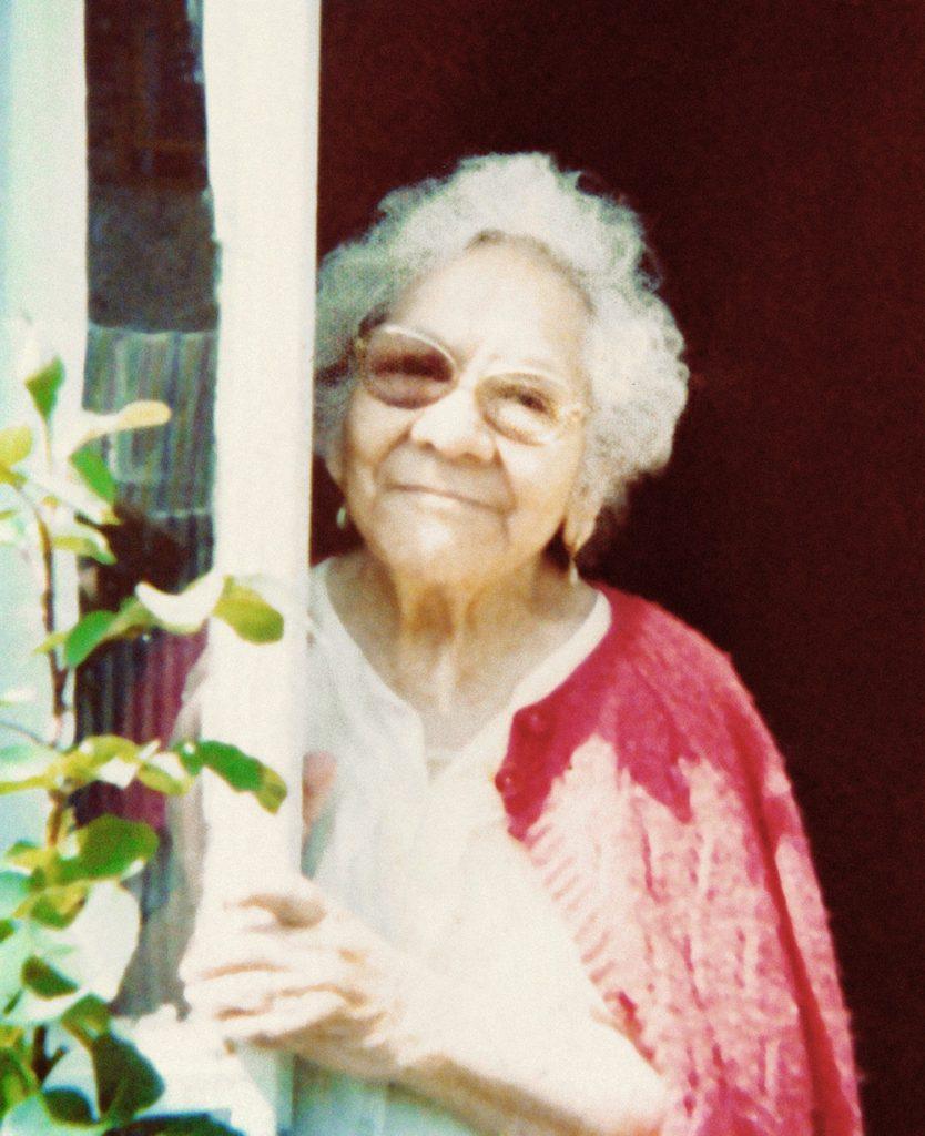 Mi querida abuela Dolores López Díaz. Fotografía tomada por mi tía Tere Martínez Lopes, colección Hermanas Ortega.