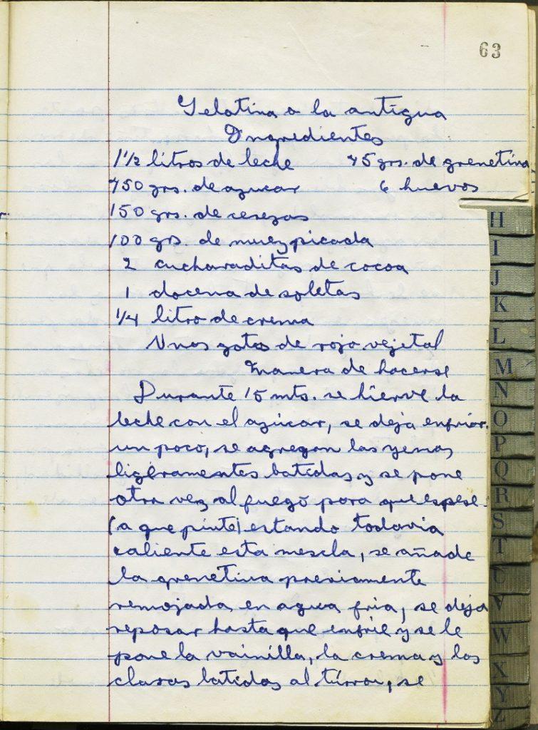Recetario manuscrito de cocina de Lilia Martínez, formado en 1971. Colección Familia RojanoMartínez.